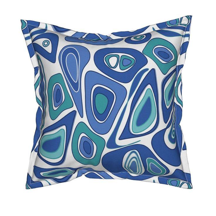 Serama подушка в синий и белый абстрактный узор . по fuzzyfox | Roostery Home Decor