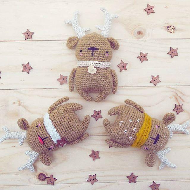 . Mis tres chicos . . . My three little guys . . . . . Pattern available in my etsy shop (link in bio) . . . . . . . . . . . . . . . . #crochetlove #amigurumi #instacrochet #etsyseller #teddybear #haken #ganchillo #crochet #crochetdeer #crochetersofinstagram #uncinetto #diy #crochetpattern #etsy