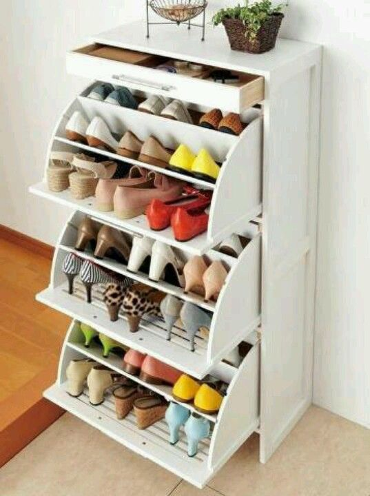 (Closet Inspiration) Shoe storage idea that allows shoes to be neatly stored away, offering a space for design elements, keys, or even plants. This also prevents shoes from taking up the much needed space in the closet or could even fit behind clothing underneath a shelving unit or hanging rod.