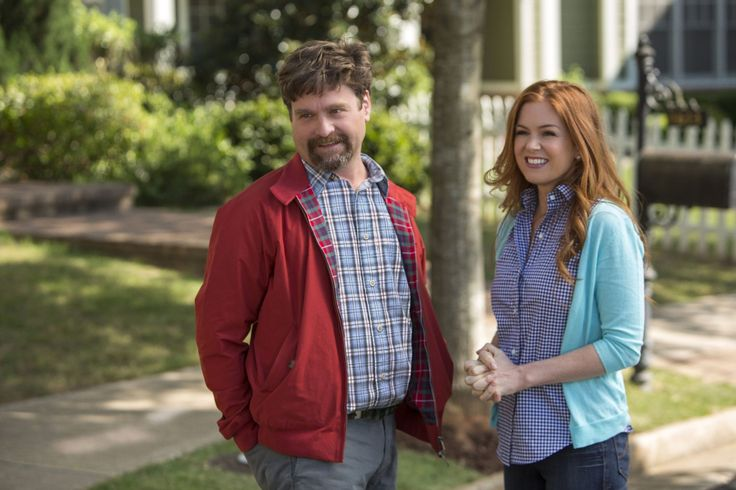 Image of Isla Fisher and Zach Galifianakis in Keeping Up With the Joneses (19)
