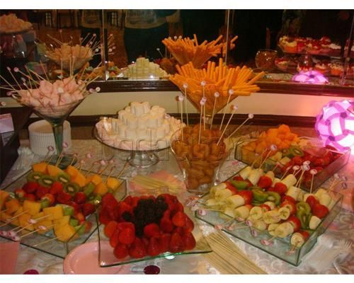 The little bakery house pasteles de boda buffet party for Decoracion de frutas para fiestas infantiles