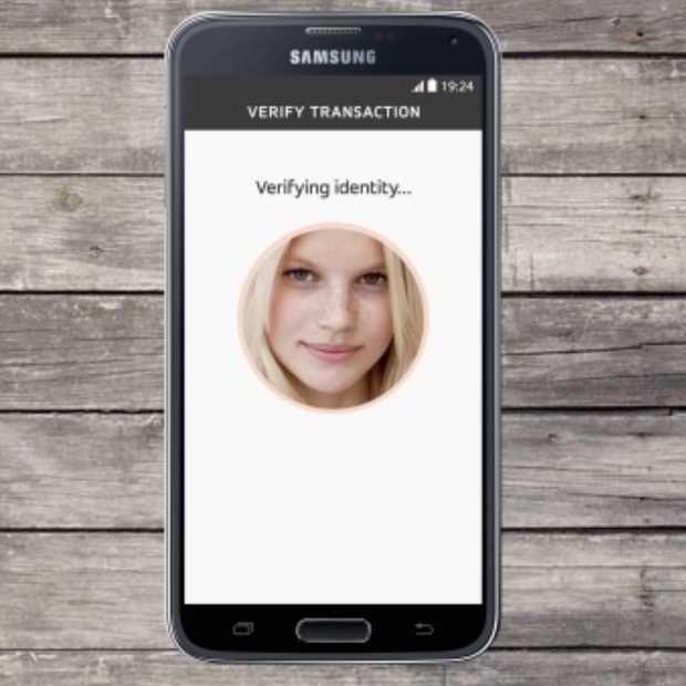 Abn Amro test met betalen middels gezichtsherkenning. Pilot biometrisch betalen voor creditcardhouders loopt van 19 augustus tot 30 november.