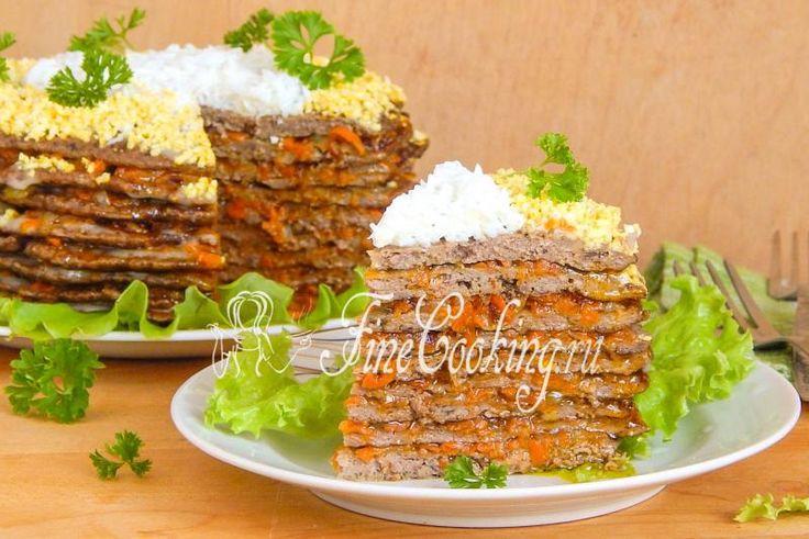 Печеночный торт из куриной печени http://finecooking.ru/recipe/pechenochnyj-tort-iz-kurinoj-pecheni