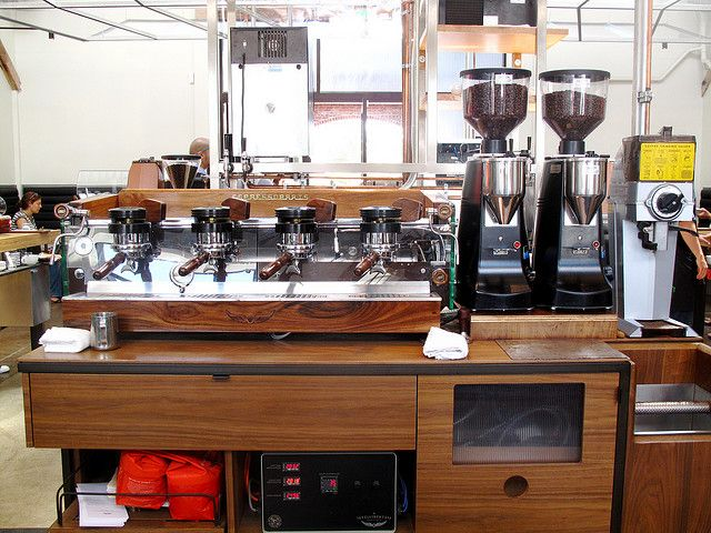 some people dream of yachts & desert islands... La Marzocco GS/2 at Intelligentsia Venice