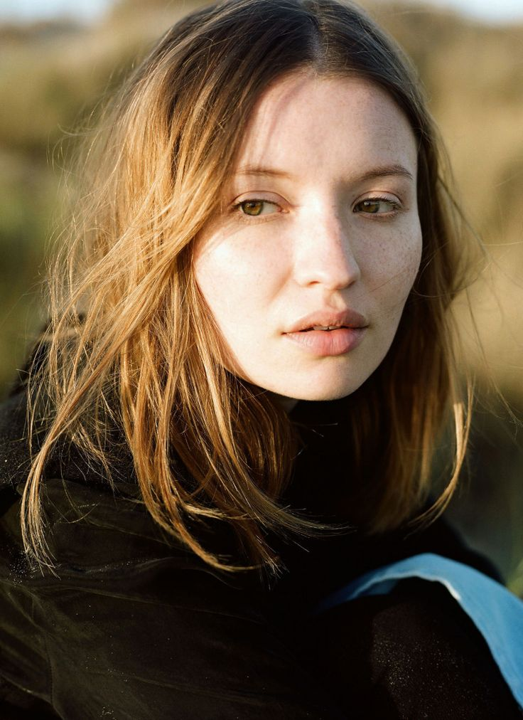 OBJECTS WITHOUT MEANING FALL 2015 CAMPAIGN FEATURING EMILY BROWNING.