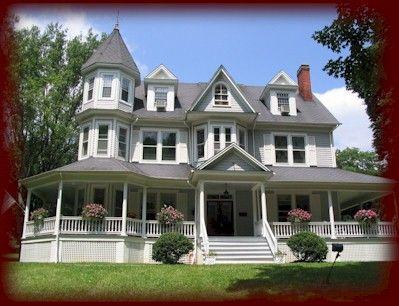 victorian+house+three+story   Three-Story House