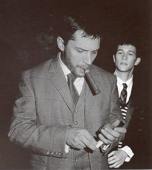 Who smoke cigars when ... Joseph Gordon Levitt