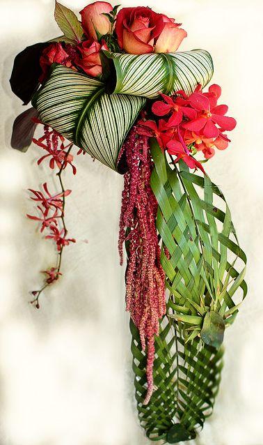 tropical wedding flower arrangement cool bouquet idea..