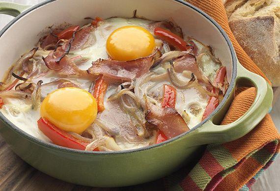 Australian Eggs' egg pan with leg ham, red onion and capsicum