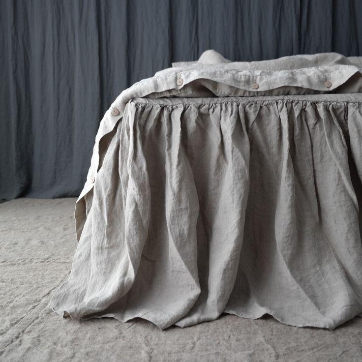 BIANCHERIA LETTO GONNA polvere volant. Lino bedskirt. Realizzato da MOOshop.*2 di mooshop su Etsy https://www.etsy.com/it/listing/222870072/biancheria-letto-gonna-polvere-volant