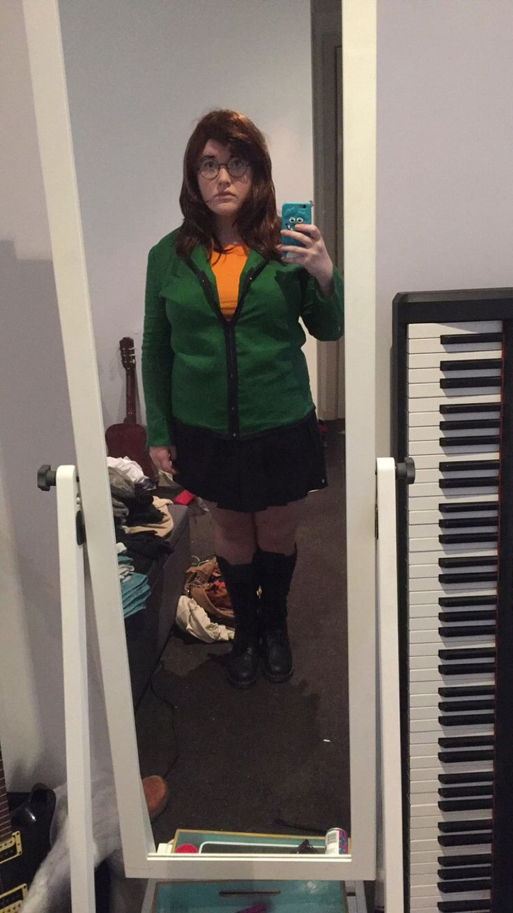 Daria cosplay Halloween costume sick sad world mtv