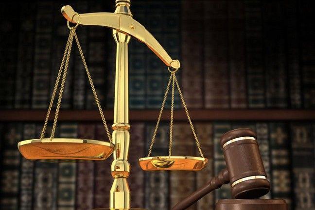 Η εμπορική διαχείριση i-spirit δίνει λύση στο κλάδο των δικηγόρων - συμβολαιογράφων για τη διαχείριση των οικονομικών και φορολογικών τους στοιχείων σε σχέση με τα νέα ψηφιακά και φορολογικά δεδομένα. Το λογισμικό σαςπροσφέρει: