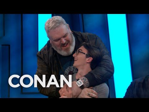 Team Coco: Isaac Hempstead Wright & Kristian Nairn Reunite At #ConanCon