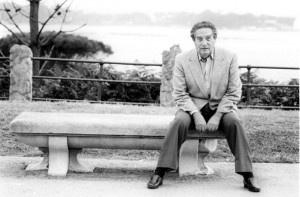 """""""La figura creativa de Octavio Paz bien podría ser uno de los modelos culturales del siglo XXI"""", afirma el escritor y crítico literario Julio Ortega sobre el Nobel de Literatura mexicano, cuyo XV aniversario luctuoso se conmemora hoy. Nacido el 31 de marzo de 1914, el poeta, ensayista y diplomático que murió el 19 [...]"""