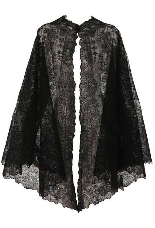 beautiful black chanitlly lace evening cape <3