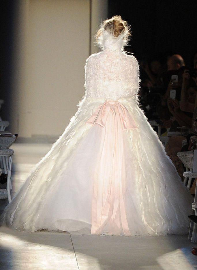 dustjacket attic: Chanel Haute Couture (F/W2012/13)