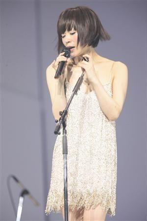 【カッコカワイイ】東京事変/椎名林檎のステージ衣装画像 - NAVER まとめ