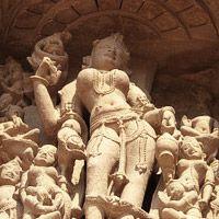 Diario de viaje 14 – Khajuraho: yoga y kamasutra
