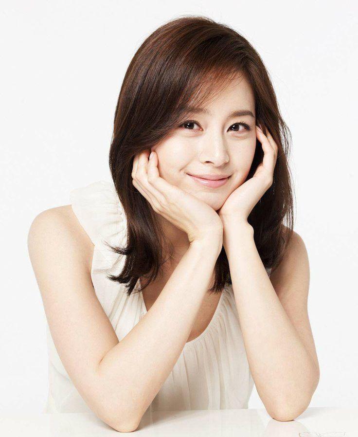 Name: Kim Tae-hee Born: 1980 Date Born: 1980 Birthplace: South Korea, East Asia, Asia, Busan Nationality: South Korea Characters: Kim So-hyun, Soo-Inn Lee, Jang Ok-jung, Choi Seung Hee, Yoon Shi-yeon