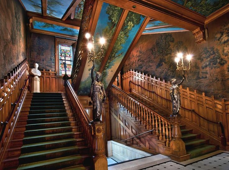 French Made Japonesque Torch 232 Res On The Main Staircase At