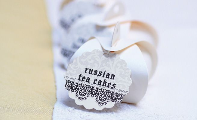Russian-tea-cakes-655x400