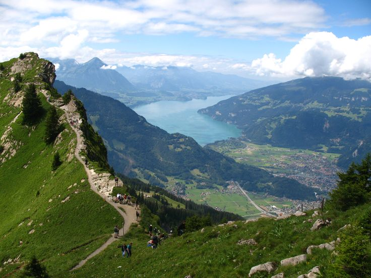 Interlaken, Thunersee, Abendberg and Morgenberghorn viewed from Oberberghorn
