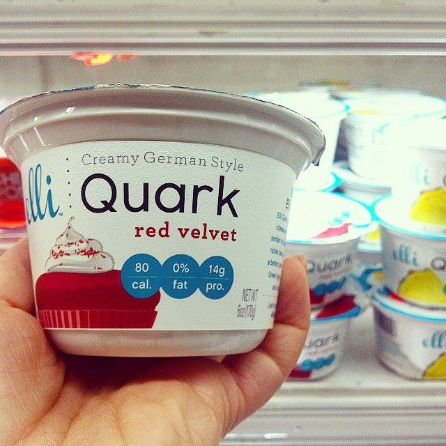 This! If you're not already onto it, and you're from a country you can access it. Go!  High #protein creamy goodness! No artificial sweeteners and tastes #delicious #elliquark @elliquark  #cleaneating #kayla #travellingdietitian #karalandau #huffposttaste #lowsugar #nongmo #vegetarian #nyc #wholefoods #wholefoodsmarket #instanutrition #leangirls #bbg #toneitup #classpass #upliftstudios
