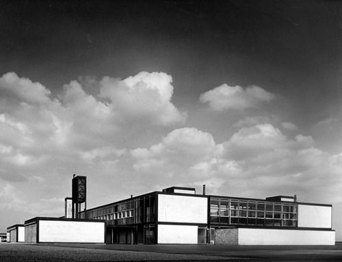 Hunstanton Secondary School, Norfolk (1954) Alison and Peter Smithson. One of the Simthsons most successful designs, Hunstanston Secondary school (now known as Smithdon High)was inspired by German architect Miles Van der Rohe and is Grade II listed. Image from Architecture.com.