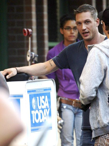 "Tom Hardy Photo - Reese Witherspoon & Tom Hardy On Set Of ""This Means War"" 3"