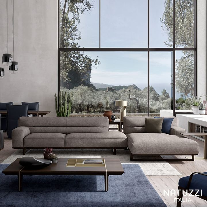 NATUZZI Kendo by Manzoni and Tapinassi is a unique