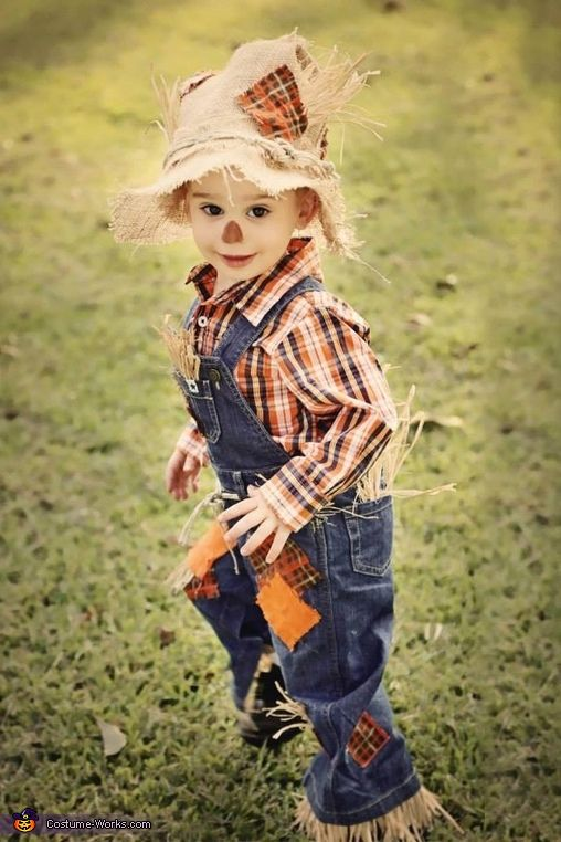 Megan: This is my son Chanler Kruz. He is dressed as a scarecrow for his 2nd Halloween. I was determined to make his costume this year, as I was not impressed...