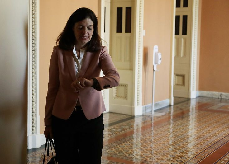 http://www.zimbio.com/photos/Kelly Ayotte/Senate Republicans Democrats Hold Their Weekly/4VyXLwm-OcO