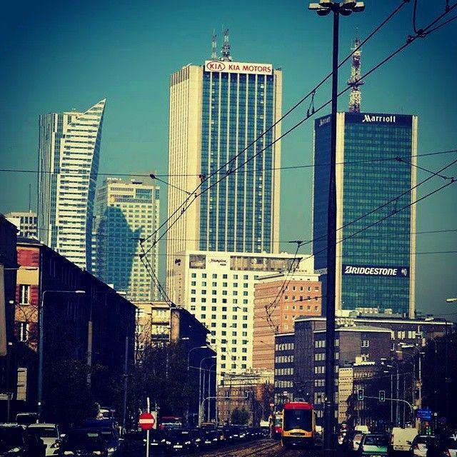 #warszawa #warsaw #warszawskiemozaiki #ulica #street #tramwaj #ochota #srodmiescie #aleja #niepodległości #stolica #kochamwarszawe #skyline #miasto #city