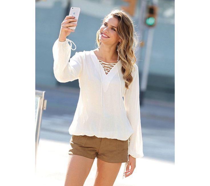Blúzka so šnurovaním vo výstrihu | modino.sk #ModinoSK #modino_sk #modino_style #style #fashion #bluzka #tunika #kosela