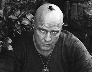 Marlon Brando with a beetle on his head, Apocalypse Now,Pagsanjan, Philippines 1976. By Mary Ellen Mark.