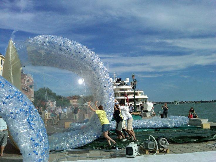 """""""Devebere"""" project - GAU:DI prize 2012, Venice"""