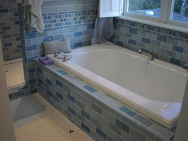 25 best ideas about two person tub on pinterest spa days for couples huge shower and tumblr. Black Bedroom Furniture Sets. Home Design Ideas
