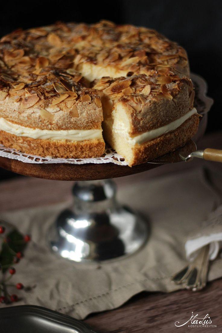 Diese Torte gibt es bei uns in der Familie schon ewig. Hunderte Male gebacken und noch immer nicht auf dem Blog. Das geht ja schon mal gar nicht ;-) ! Dabei liebe ich diesen Bienenstich, der eigent…