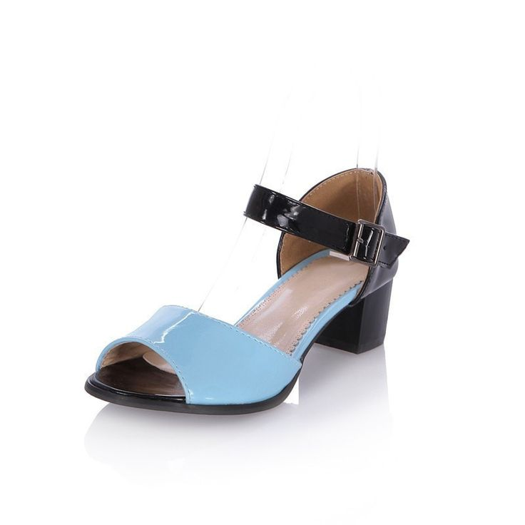 Retro-Style Colorblock Low-Heel Open-Toe Platform Sandals 3 Colors