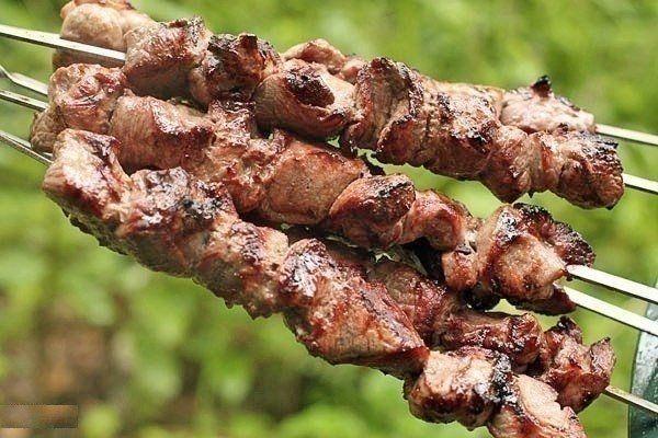 Фантастически мягкое мясо на шашлыки за полчаса http://www.polsov.com/pages/2738-fantasticheski-myagkoe-myaso-na-shashlyiki-za-polchasa.html