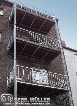 Mehrgeschossige Balkonanlage