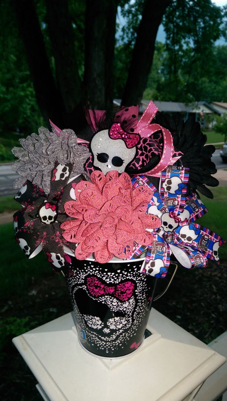 Monster High Inspired Bowquets by Bowquetsandbirthdays on Etsy, $35.00