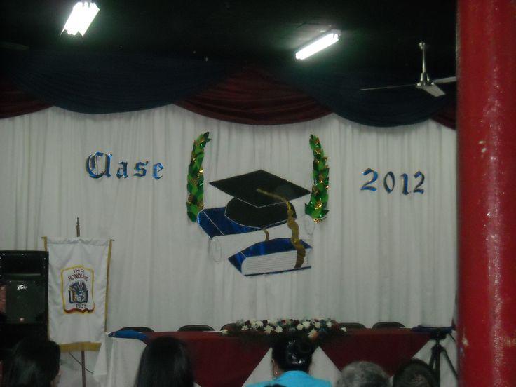 Soy de la clase del 2012 del IHCI. Me gradué de Bachiller en Administración de Empresas y Asistente Ejecutivo Bilingue.