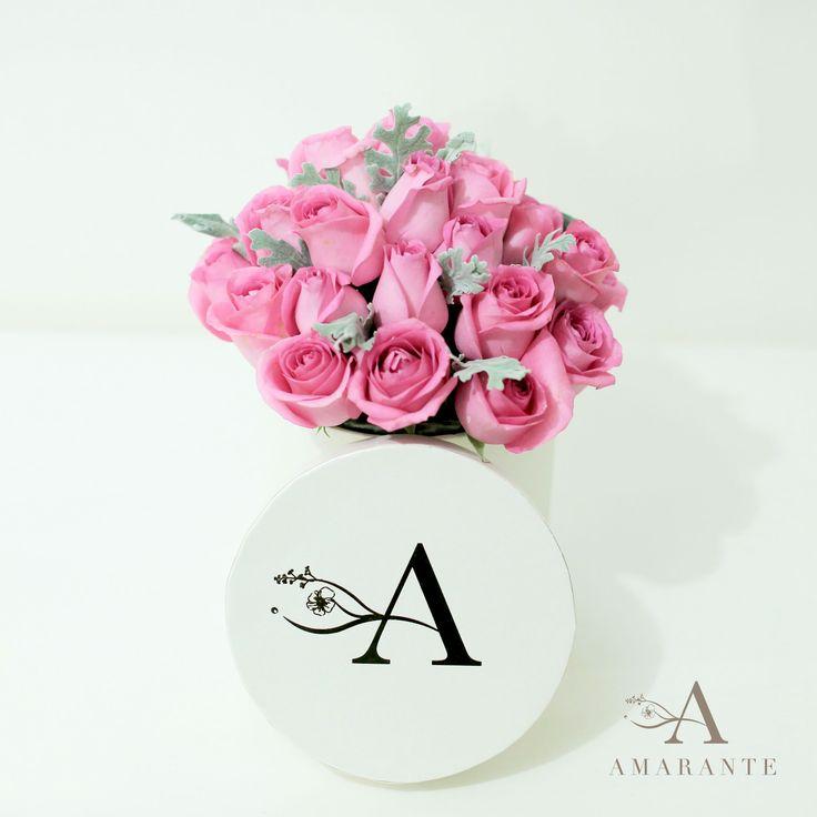 Amarante Flower Box. A timeless classic bloom box filled with roses. #AmaranteFlowers #byAmarante IG : @amaranteflowers