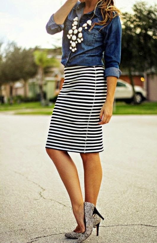 Pop of Style in a black and white striped skirt + 33 ways to wear stripes! See them all at www.wearitforless.com