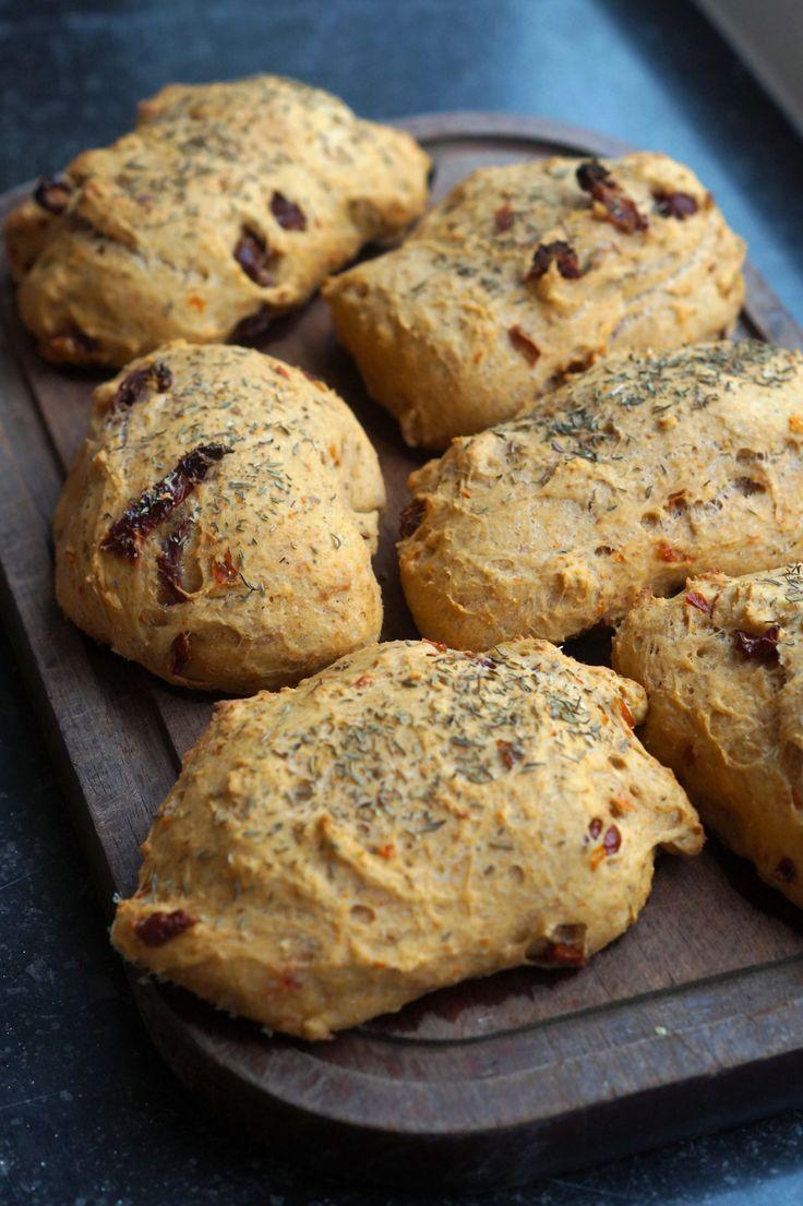 ... + images about Brød på Pinterest | Focaccia, Bananbrød og Parmesan