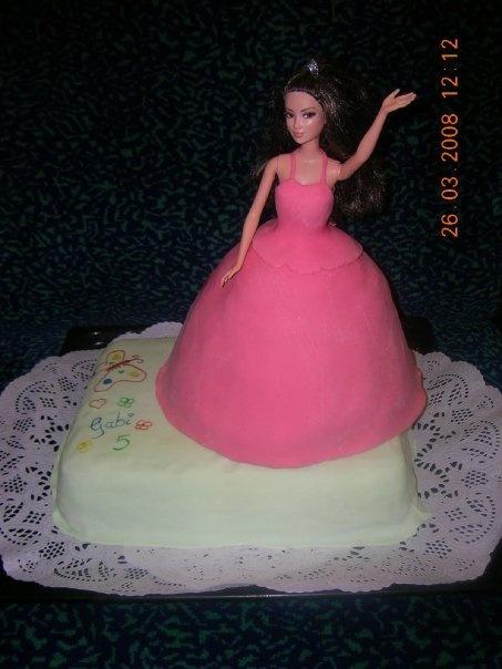 Cake Decorating Ideas Barbie : Barbie cake cake decorating Pinterest