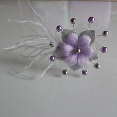 Pic/bijou/epingle/pince/chignon de cheveux accessoire gris/mauve/parme/lilas/violet clair/parme p robe  mariée/mariage/soirée/cérémonie/coktail  fleur plume