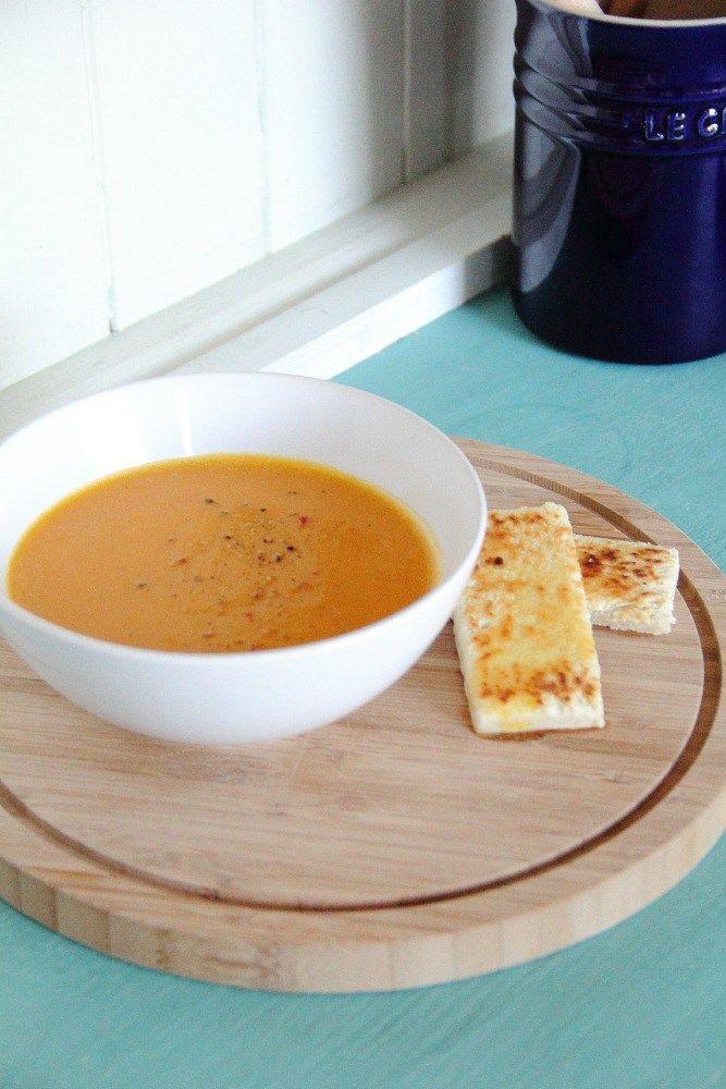 Slow Cooker Vegan Carrot, Ginger & White Lentil Soup