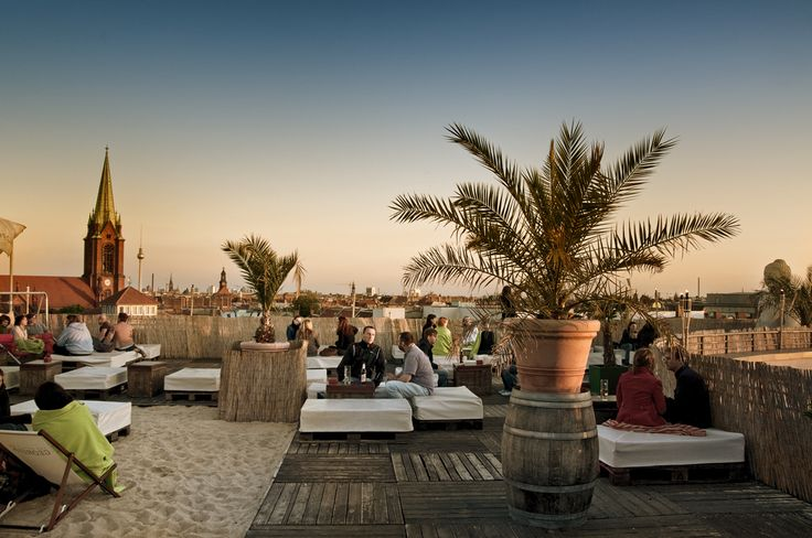 Deck 5 - Berlin is a beach style bar on the top of a shopping mall! a good spot to watch the sun go down if we're in the area